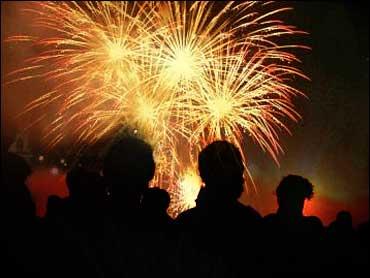 backyard fireworks injuries on rise cbs news