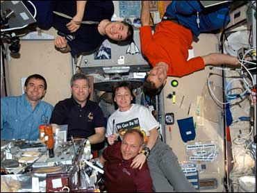 international space station astronauts waiting for their ride home - photo #20