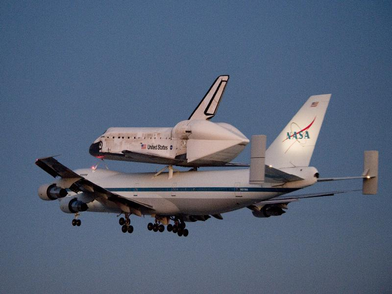 Shuttle Carrier Aircraft, with Discovery - When the space ...