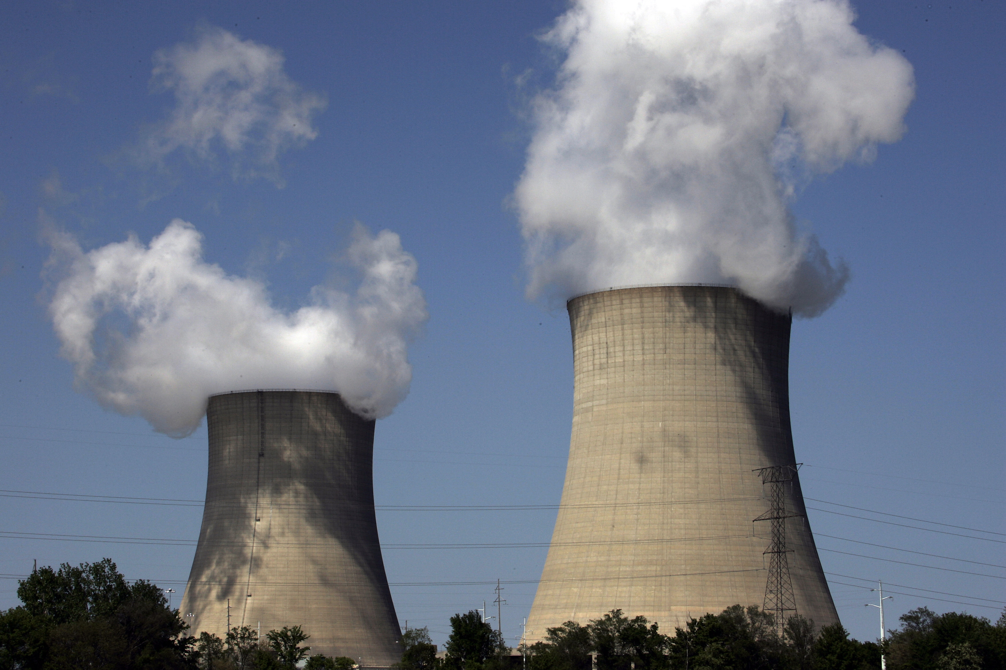 three mile island nuclear plant will close in 2 years