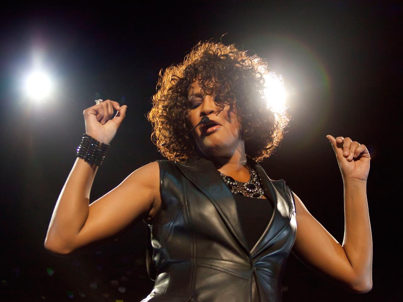 Singer Whitney Houston Dies At 48 Cbs News