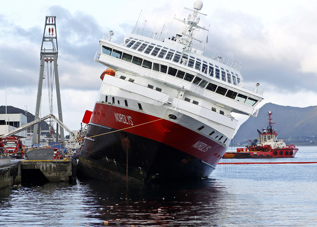 Norway Cruise Ship Listing May Tilt Over Cbs News