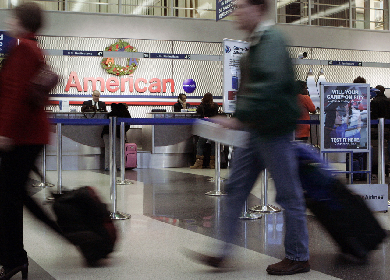 Overweight Bag Fees Hit 400 At Some Airlines Cbs News