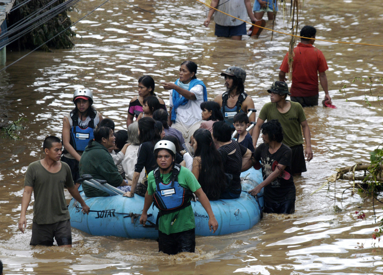 flash flood in the philippines 2017-12-23 more than 100 dead in philippine mudslides, flooding  southern philippines triggered mudslides and flash floods  flood-affected residents in davao.