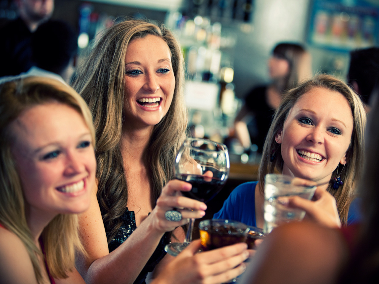 how to say cheers in italian when drinking