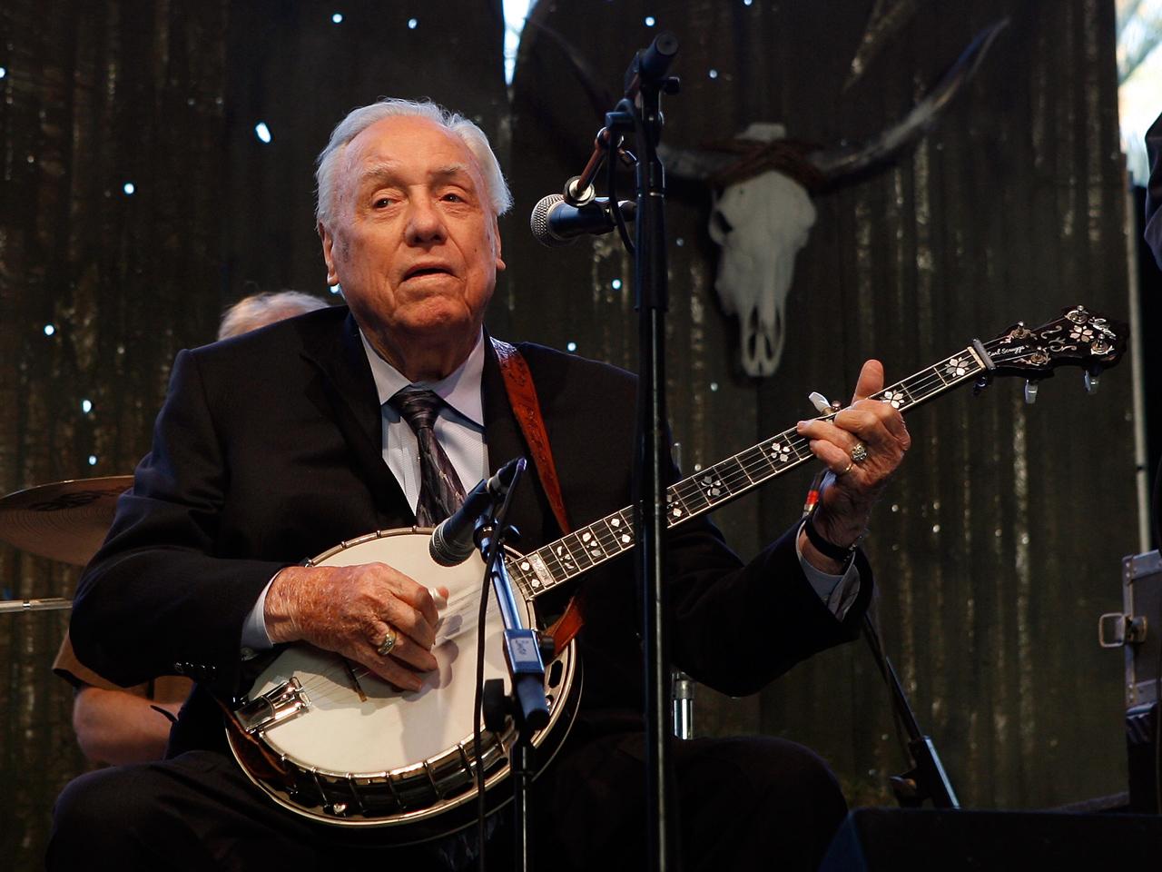 Bluegrass Legend Earl Scruggs Dies At 88 CBS News