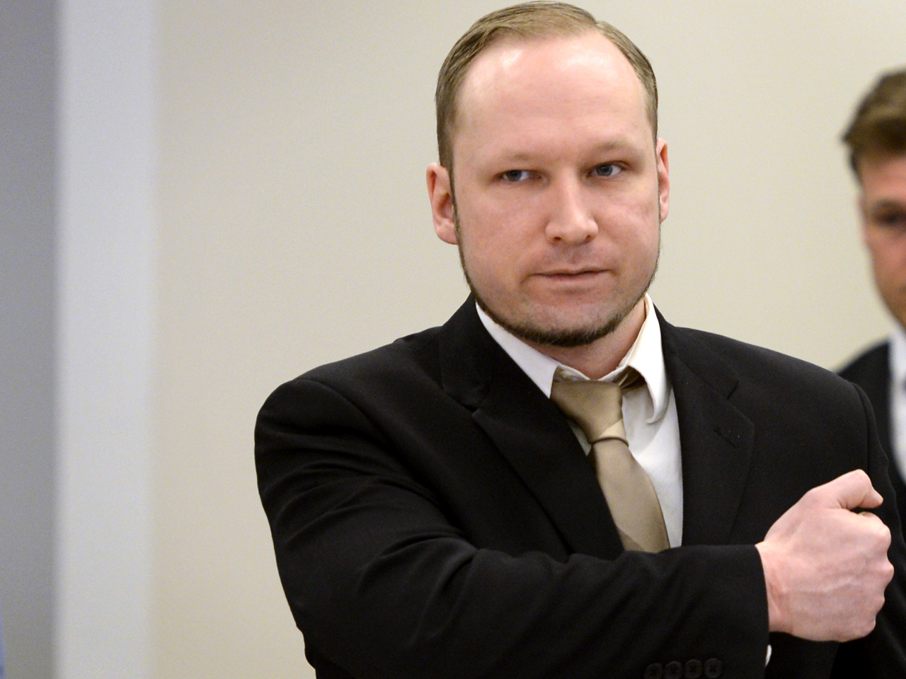 Breivik Photo: Norway Mass Killer Anders Behring Breivik Defends Massacre