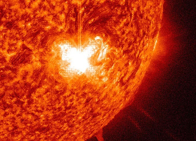 Sun storms: solar activity at fiery high - CBS News