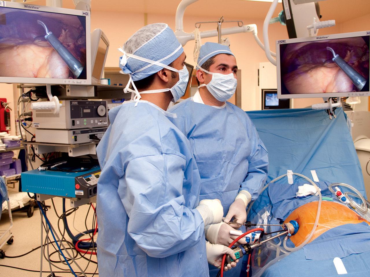fda eyes increase in freak accidents during robotic surgeries fda eyes increase in freak accidents during robotic surgeries cbs news