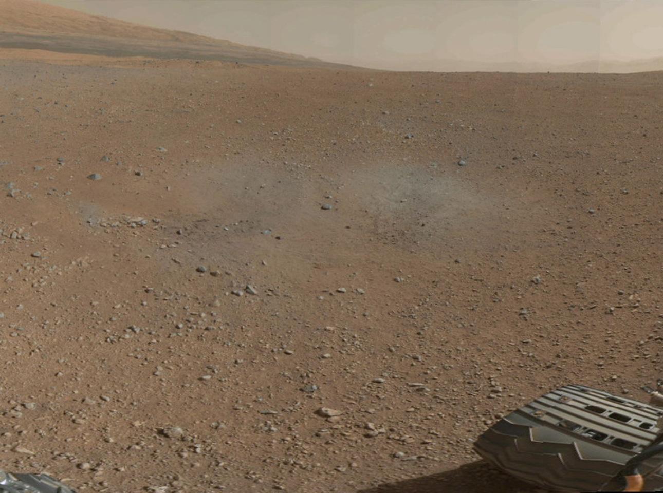 Curiosity rover sends back first 360-degree color photos ...