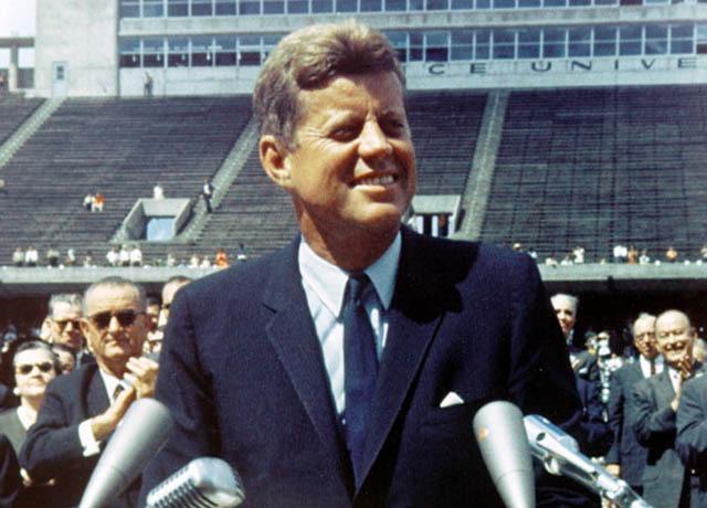 """JFK's """"moon speech"""" still resonates 50 years later - CBS News"""