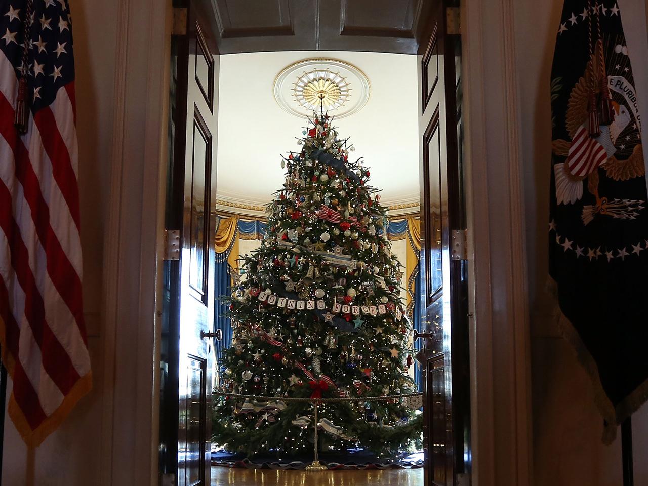 2012 White House Christmas Decorations Photo 19