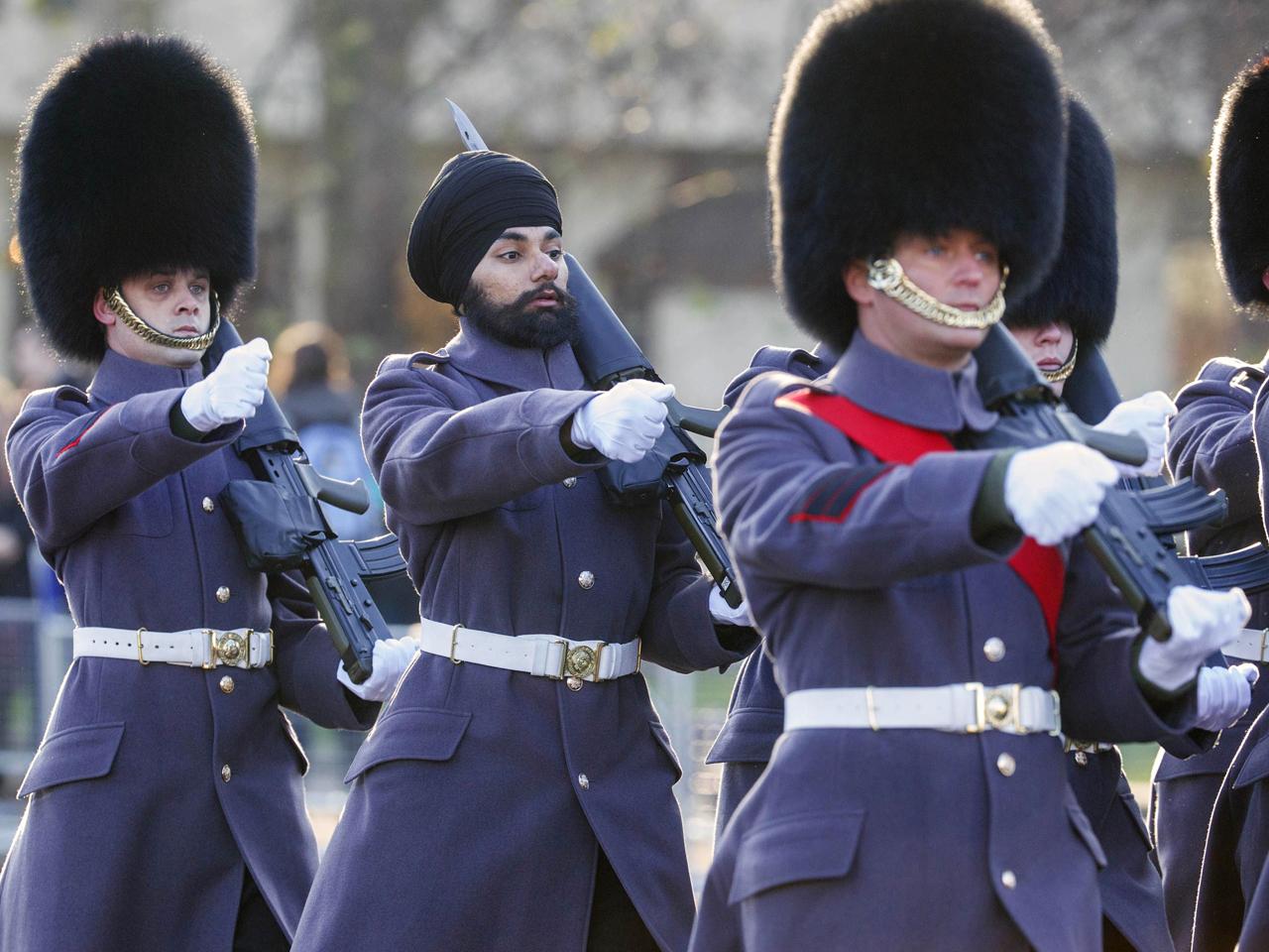 Buckingham in bearskin hats – Alien Manuscript by Diabolic |Buckingham Palace Guards Hats