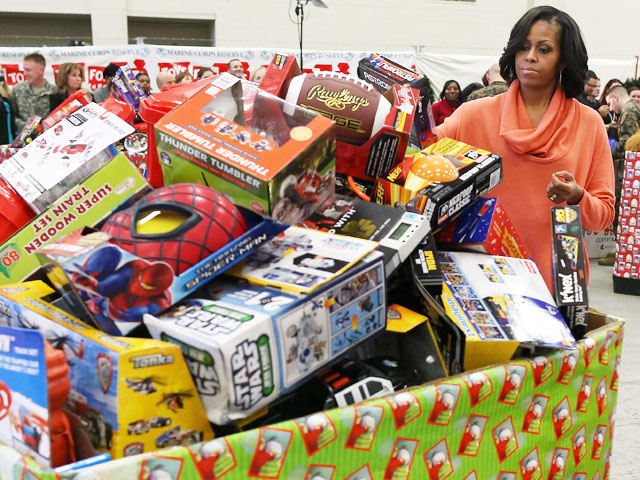 2012 Toys For Tots Logo : Michelle obama donates gifts to toys for tots photo