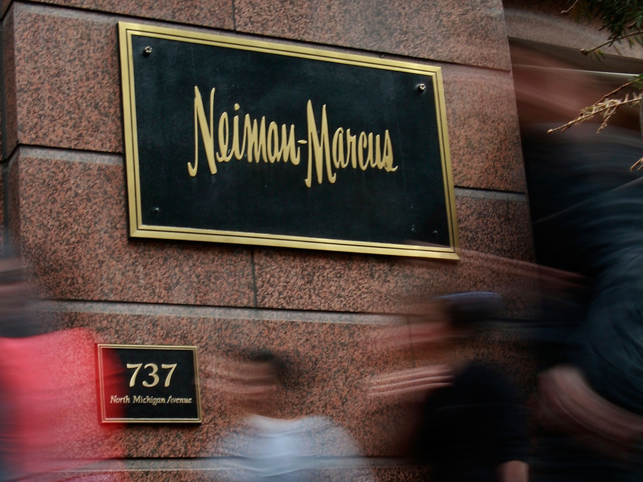Where to Find Neiman Marcus Coupon Codes Neiman Marcus may be a high-end shopping destination for brands like Chanel, Valentino and Tory Burch, but you can still find Neiman Marcus promo codes and other special offers.
