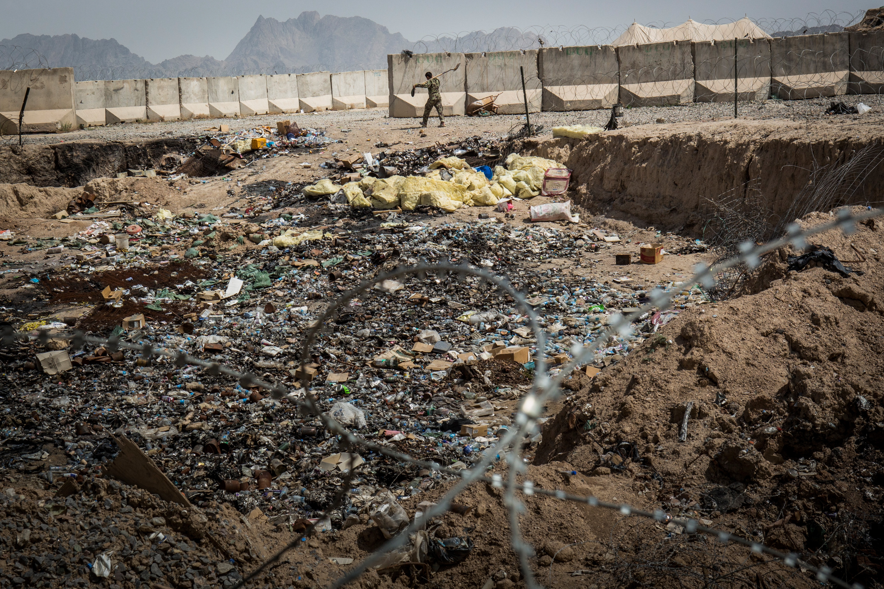 """""""Toxic"""" trash may endanger U.S. soldiers' health in ..."""