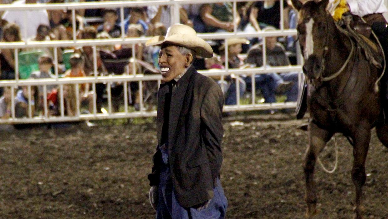 Missouri Fair Bans Rodeo Clown Wearing Obama Mask Cbs News