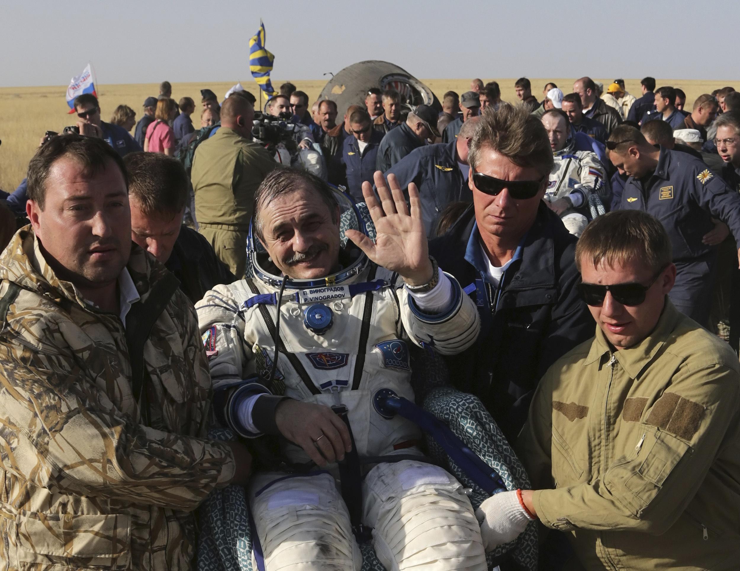 iss astronauts land - photo #20