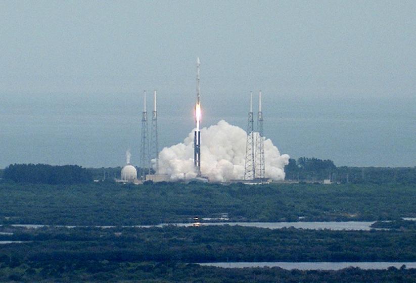 Mars MAVEN probe launched on $671 million mission - CBS News