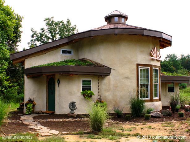 Natural Home Building : Natural home building homes built by the earth cbs news