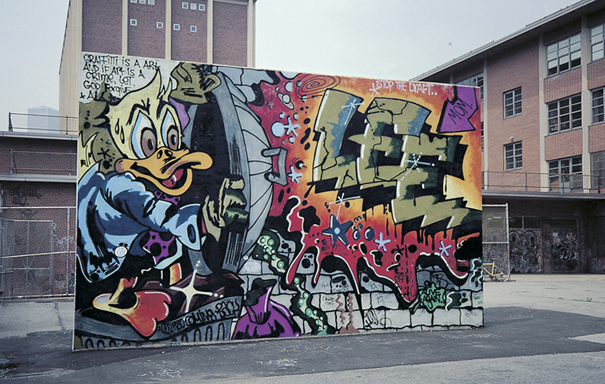 Graffiti art city as canvas graffiti art pictures for Best mural artists