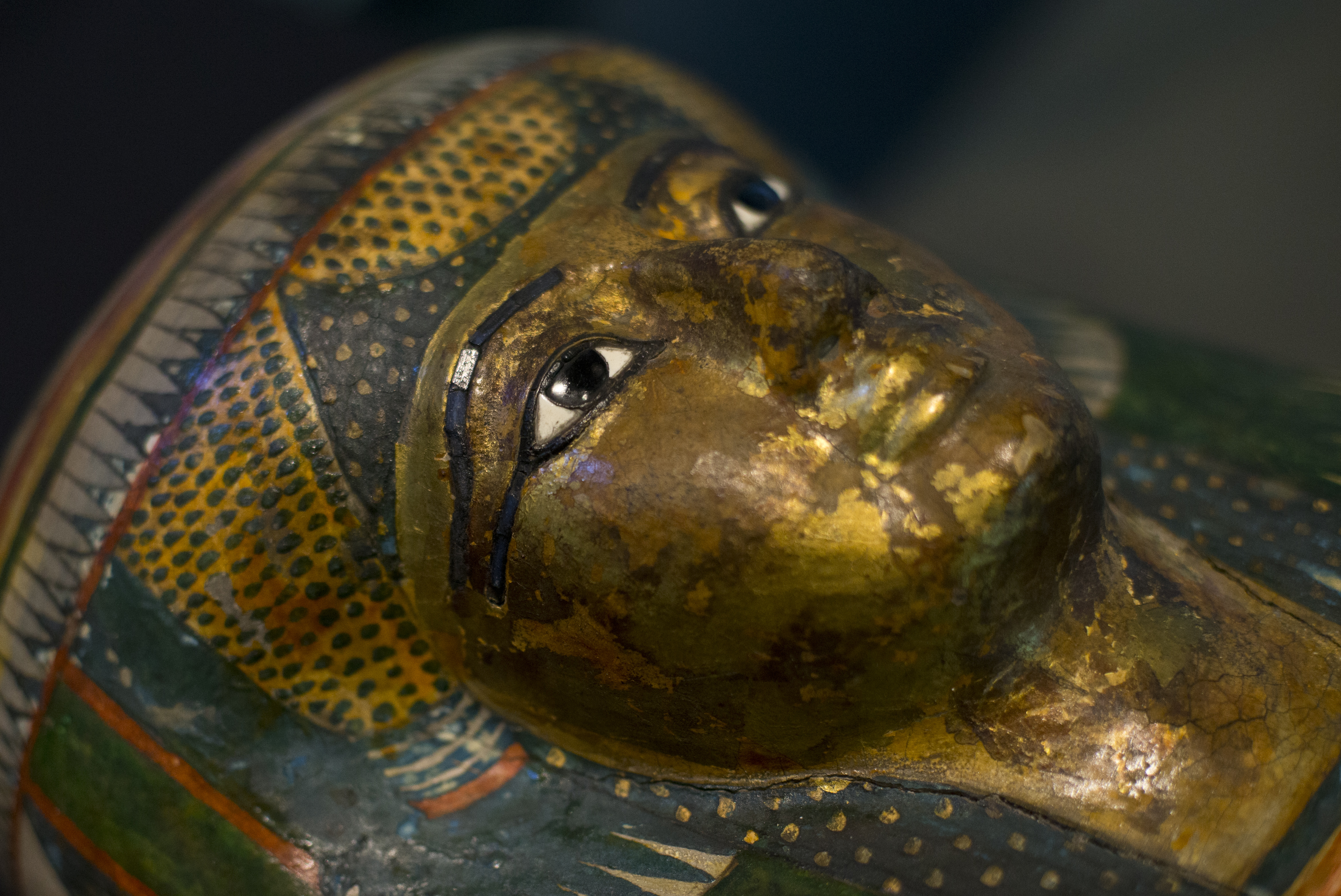 London - Inside view of ancient mummies - Pictures - CBS News