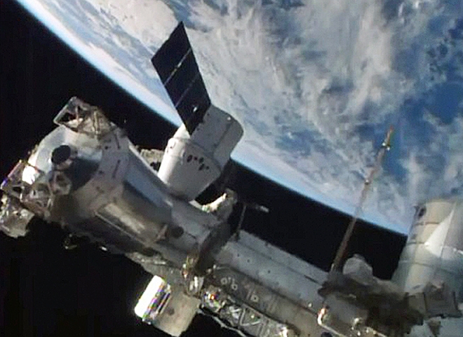 spacex dragon docking - photo #25