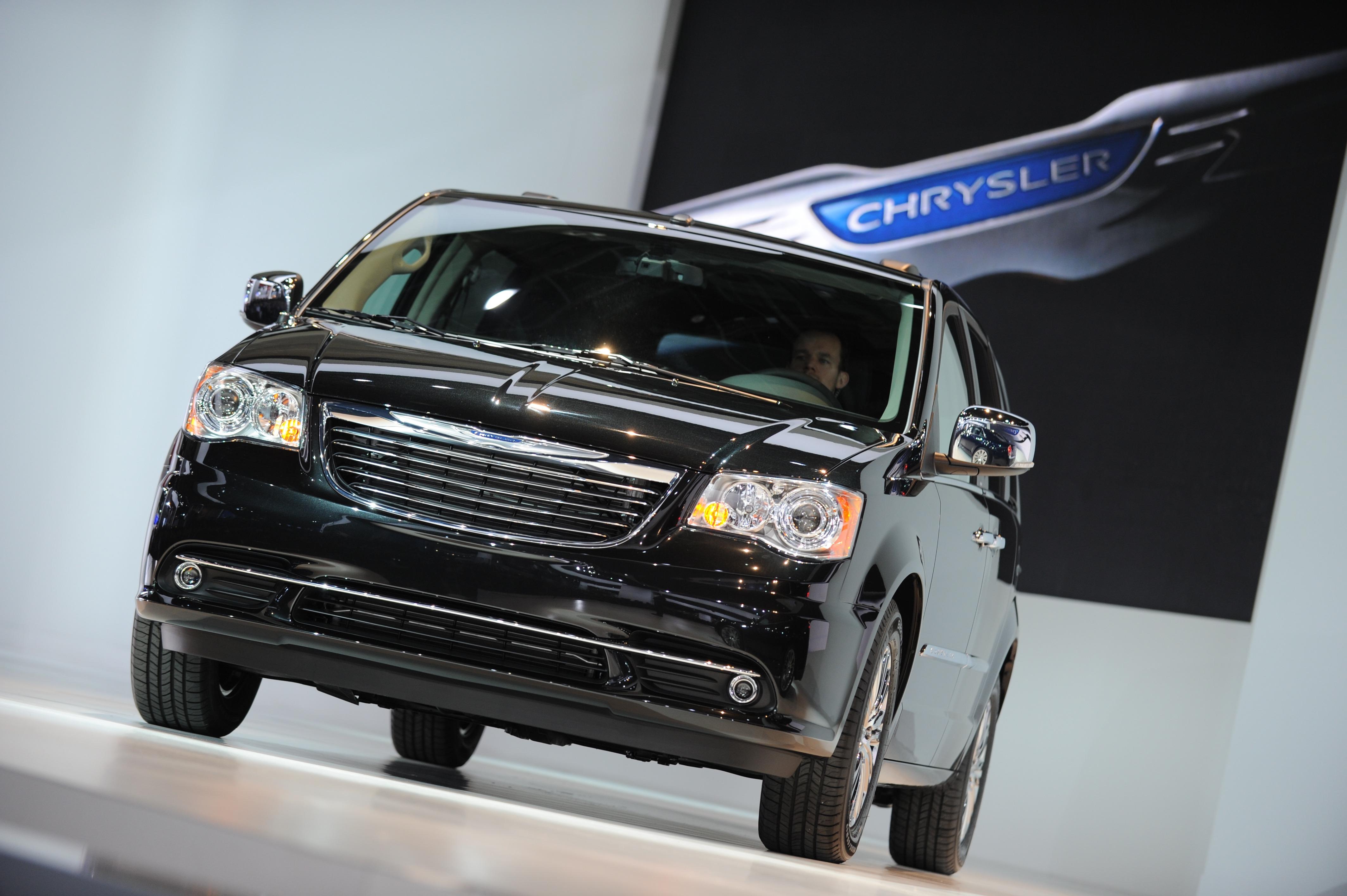 Chrysler Faces Major New Recall Cbs News