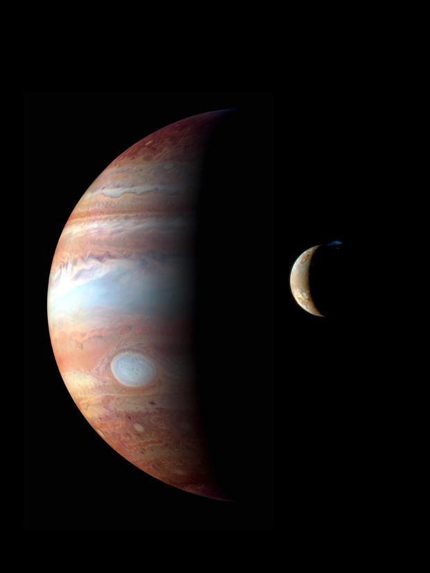 nasa-new-horizon-jupiter-io.jpg