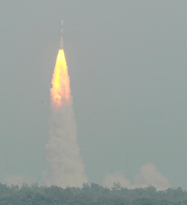 Second spacecraft to reach Mars orbit this week - CBS News