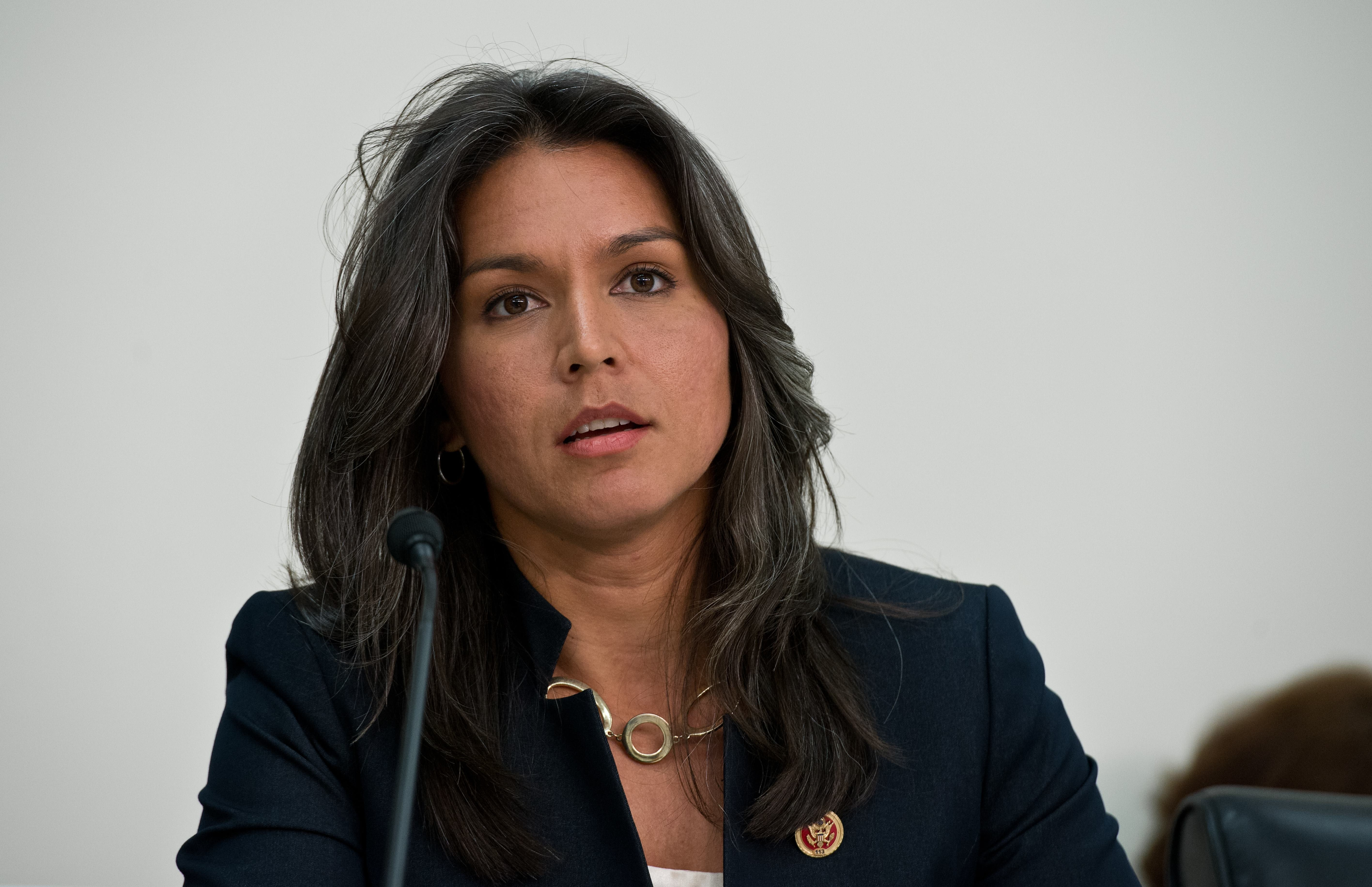 Congresswoman skipped VA hearing for surf outing - CBS News