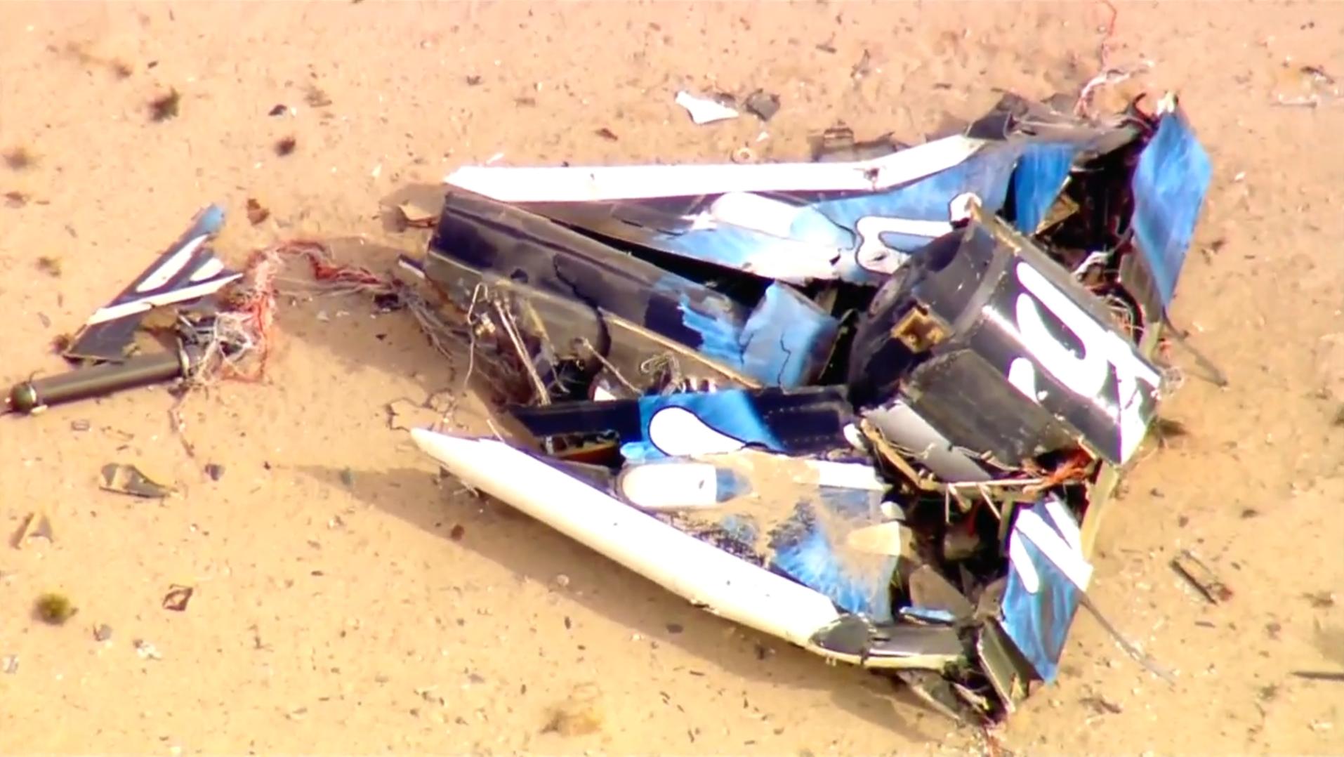 Virgin Galactic spaceship crashes in California - CBS News