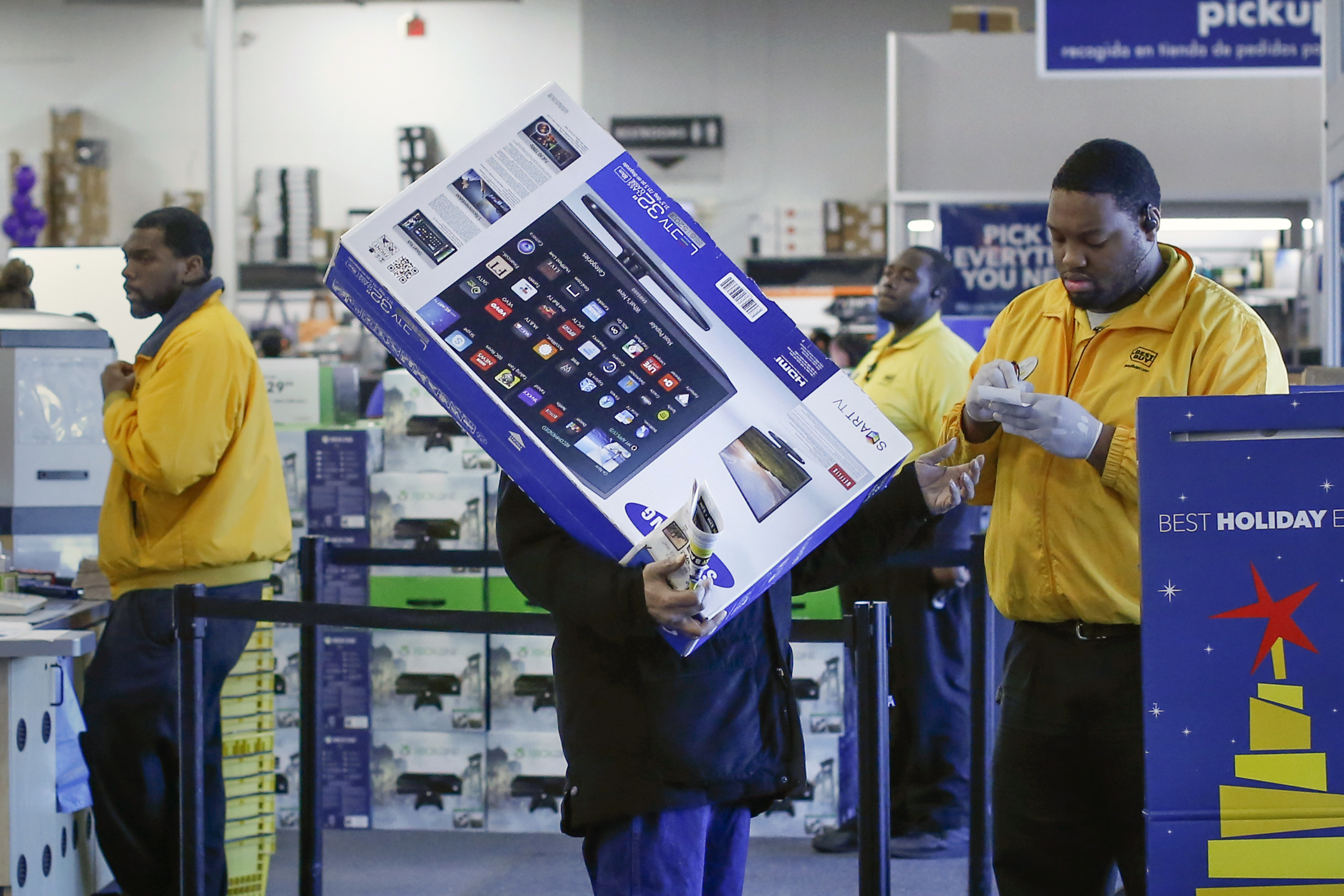 best buy reports weak holiday shopping results outlook cbs news. Black Bedroom Furniture Sets. Home Design Ideas