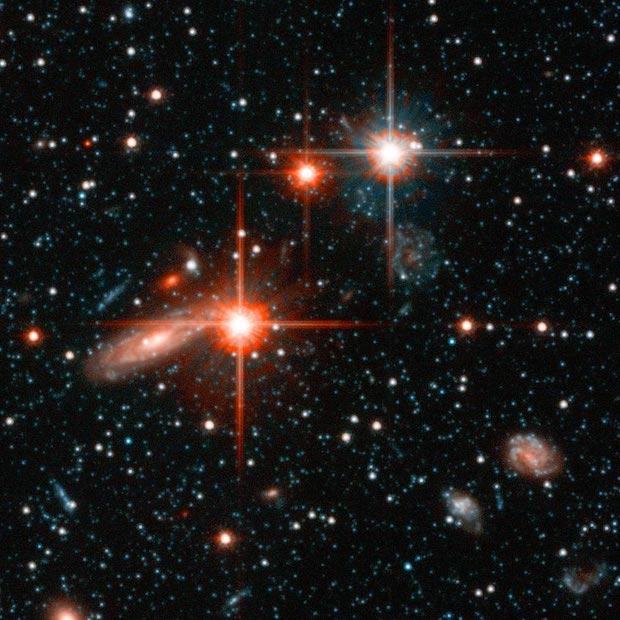 Hubble Space Telescope finds massive halo around Andromeda