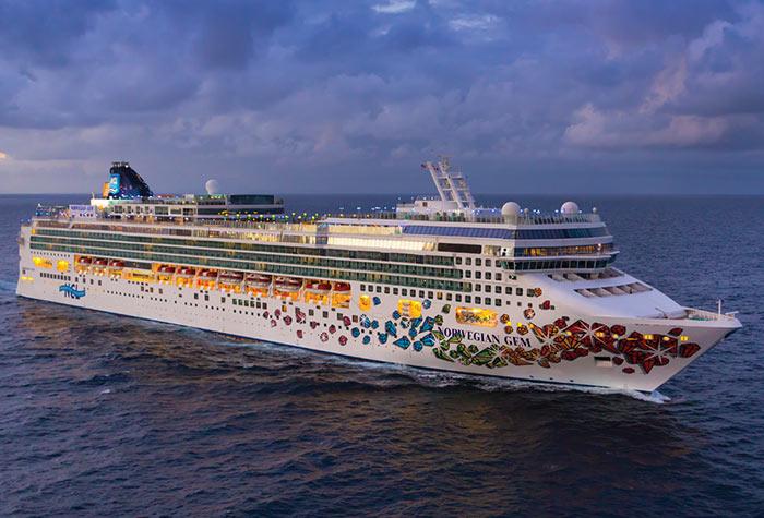 Girl 10 Drowns On Cruise Ship Off Carolinas  CBS News