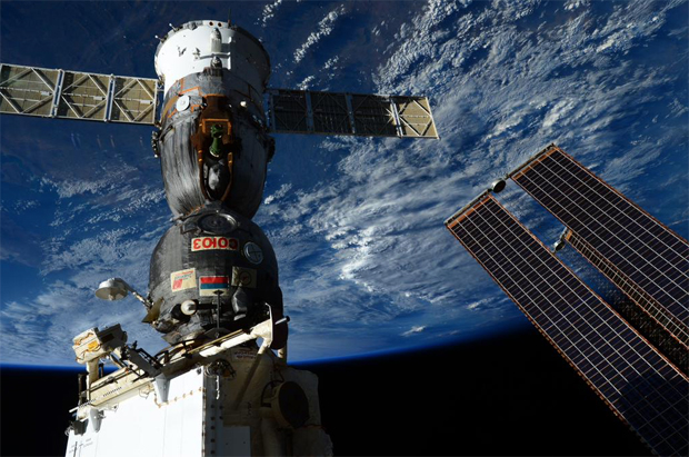 international space station astronauts return to earth - photo #30