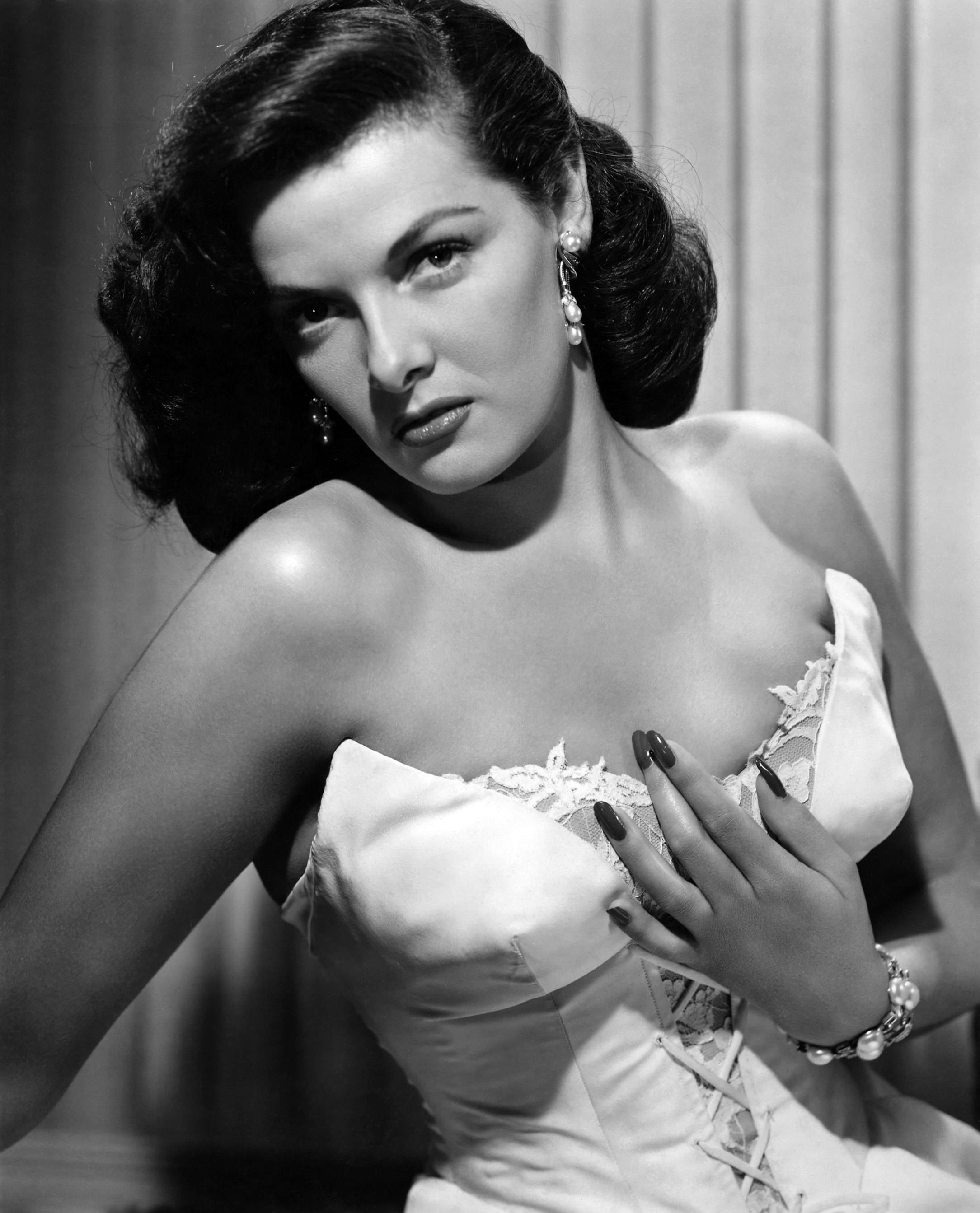 jane russell oldjane russell marilyn monroe, jane russell kibbe, jane russell the outlaw poster, jane russell last photo, jane russell 2011, jane russell autobiography, jane russell interview about marilyn monroe, jane russell wikipedia, jane russell, jane russell photos, jane russell quotes, jane russell imdb, jane russell wiki, jane russell old, jane russell adoption ireland, jane russell gentlemen prefer blondes, jane russell underwater, jane russell youtube, jane russell marilyn monroe movie, jane russell adoption