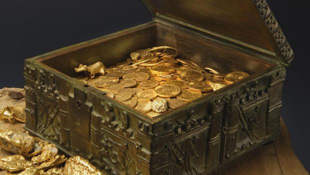 clues to a hidden treasure cbs news