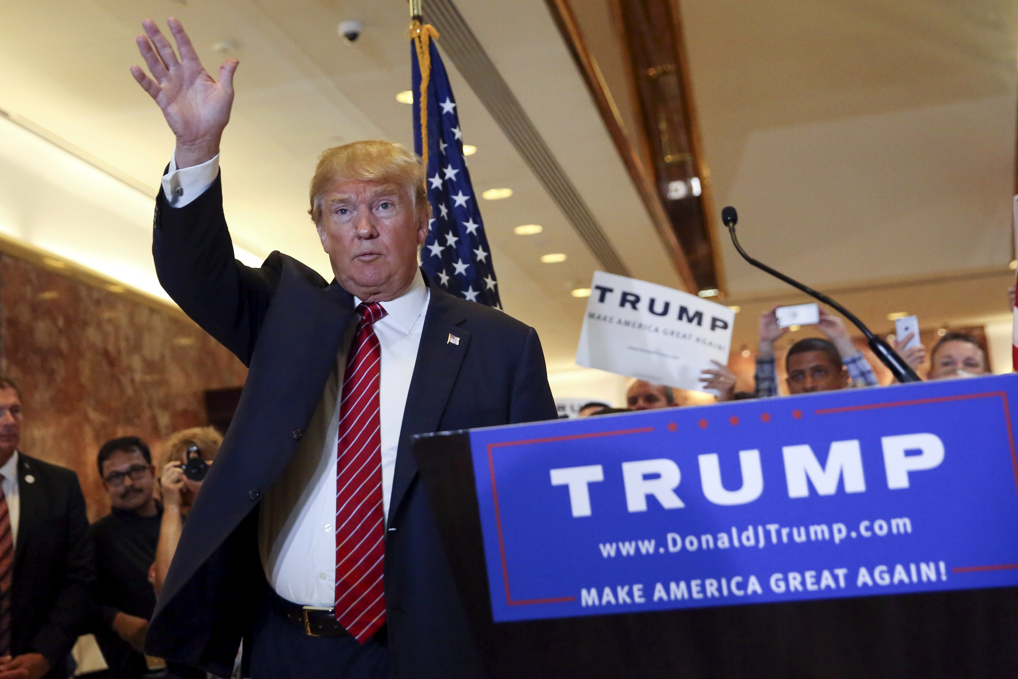 Election 2016: Trump's tax plan would help the poorest ...