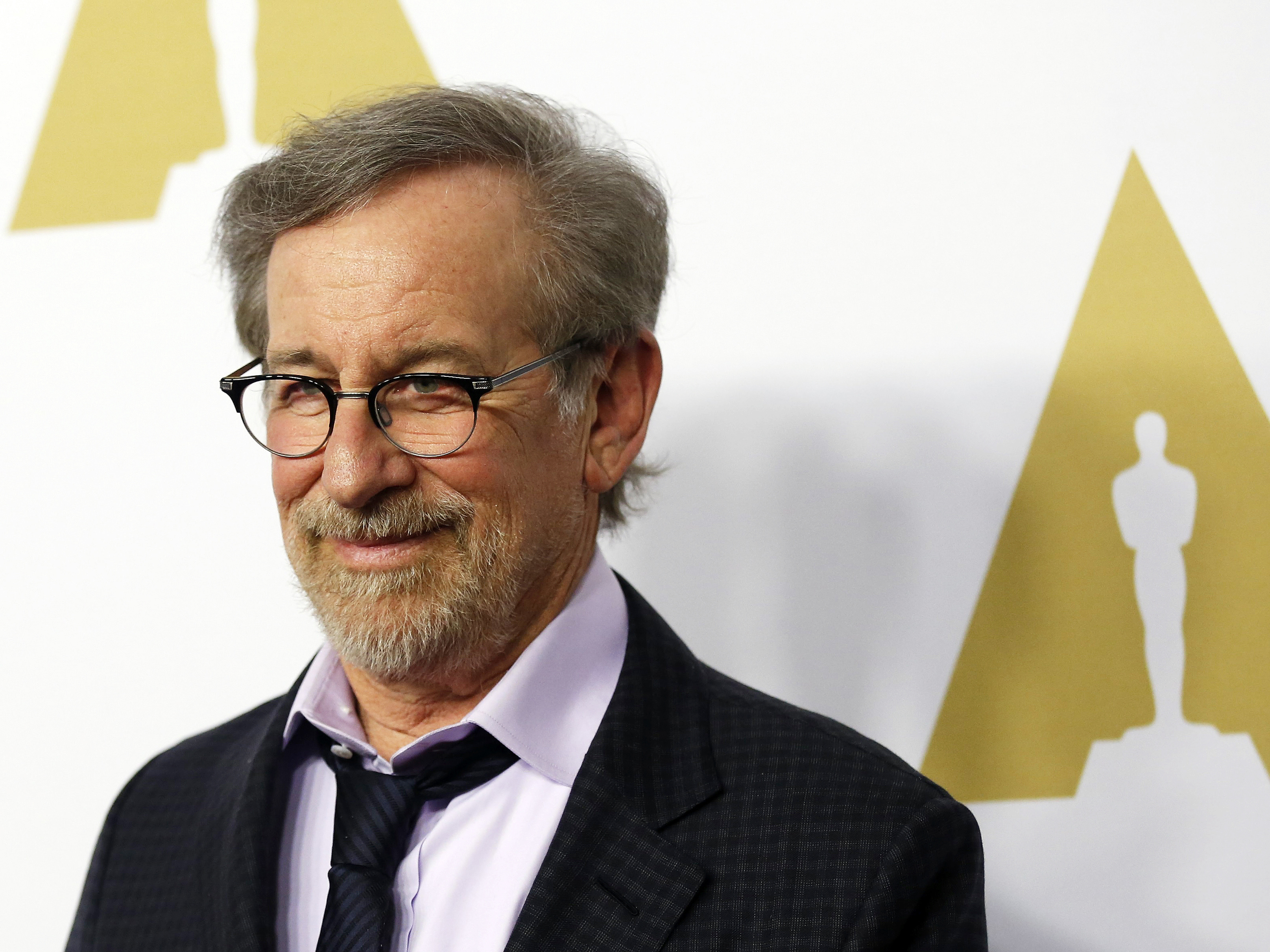 Steven Spielberg to ad...