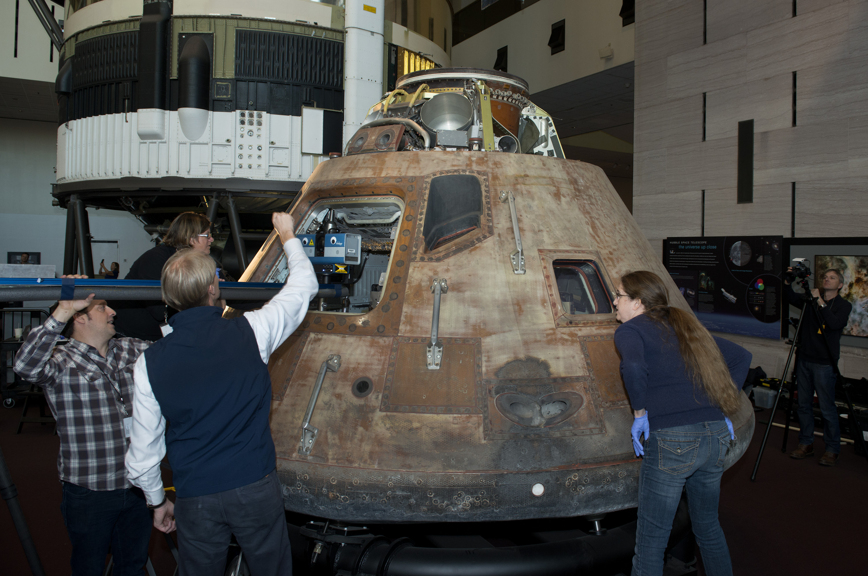 inside aquarius spacecraft - photo #38