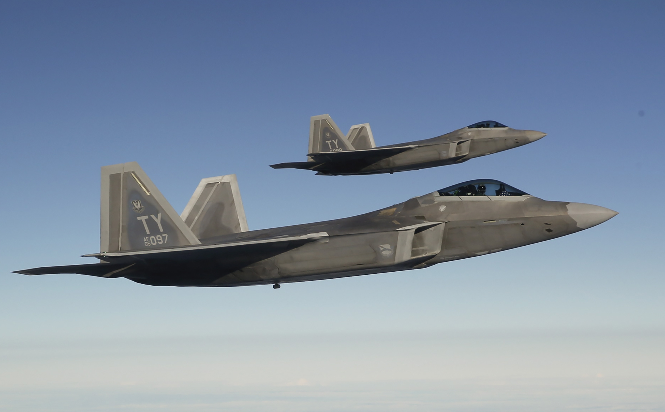 f-22-fighter-jets.jpg