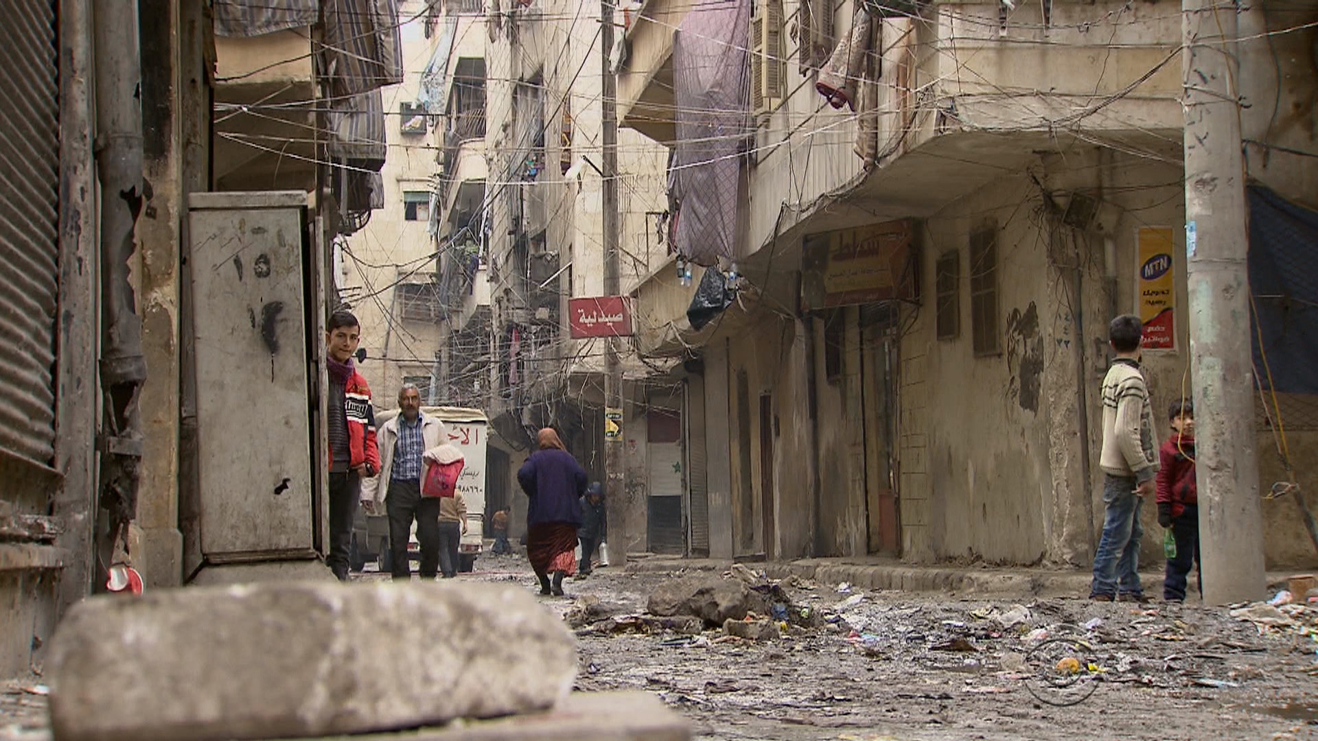 "Syria crisis: Aleppo residents ""weary, desperate"" after ..."