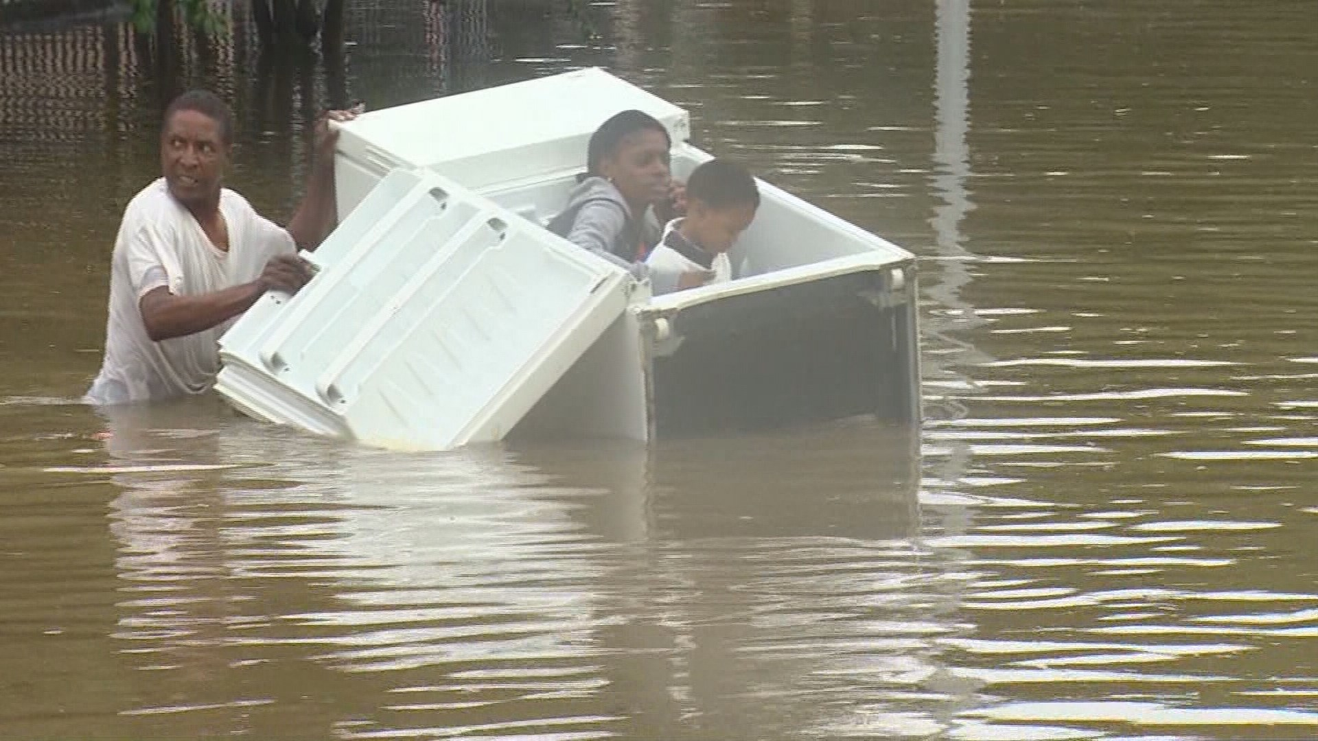 Houston Floods Quot Extremely High Risk Quot Dams Could Be Next Worry Cbs News