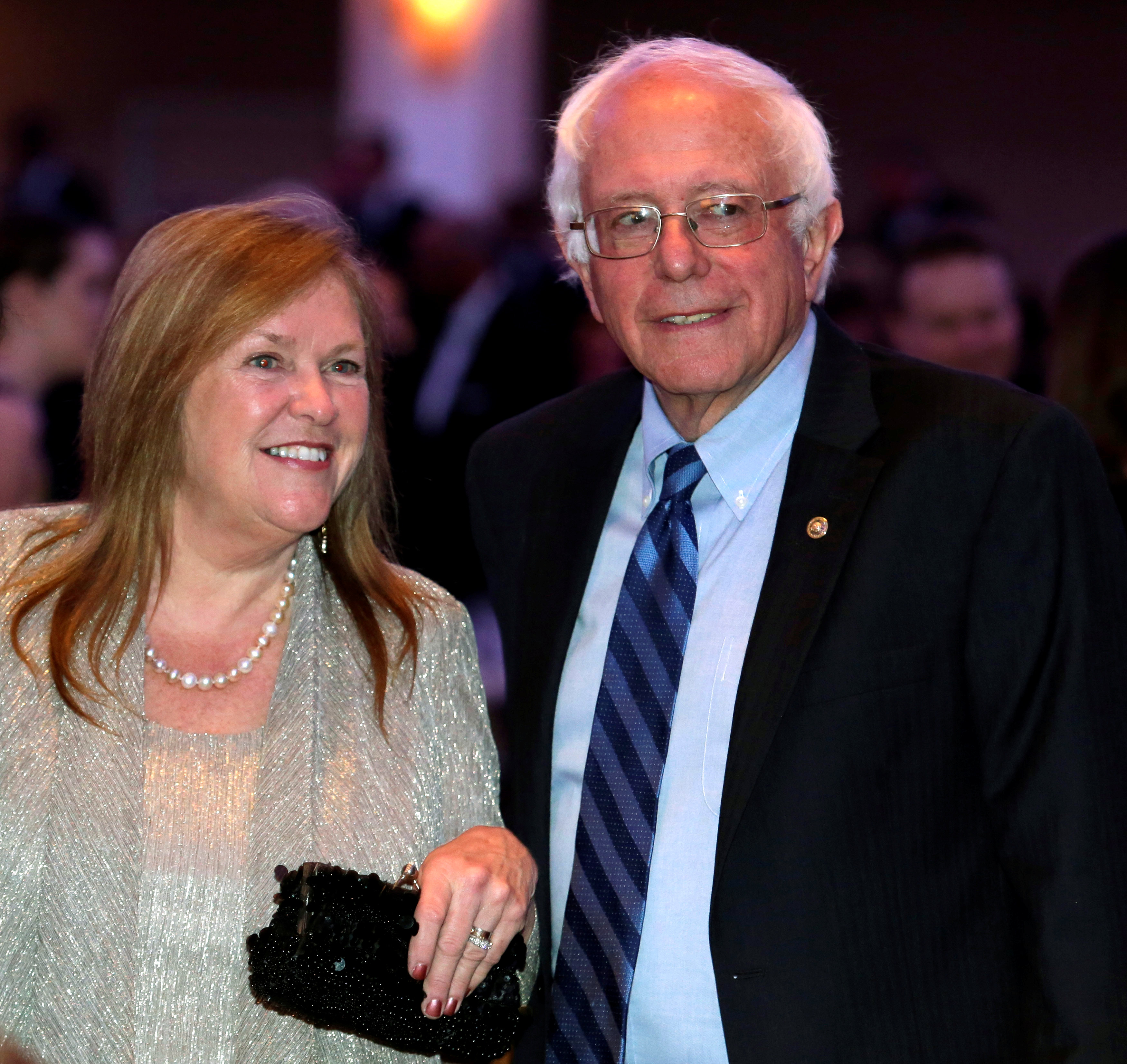 Bernie and Jane Sanders, under FBI investigation for bank fraud, hire lawyers - CBS News