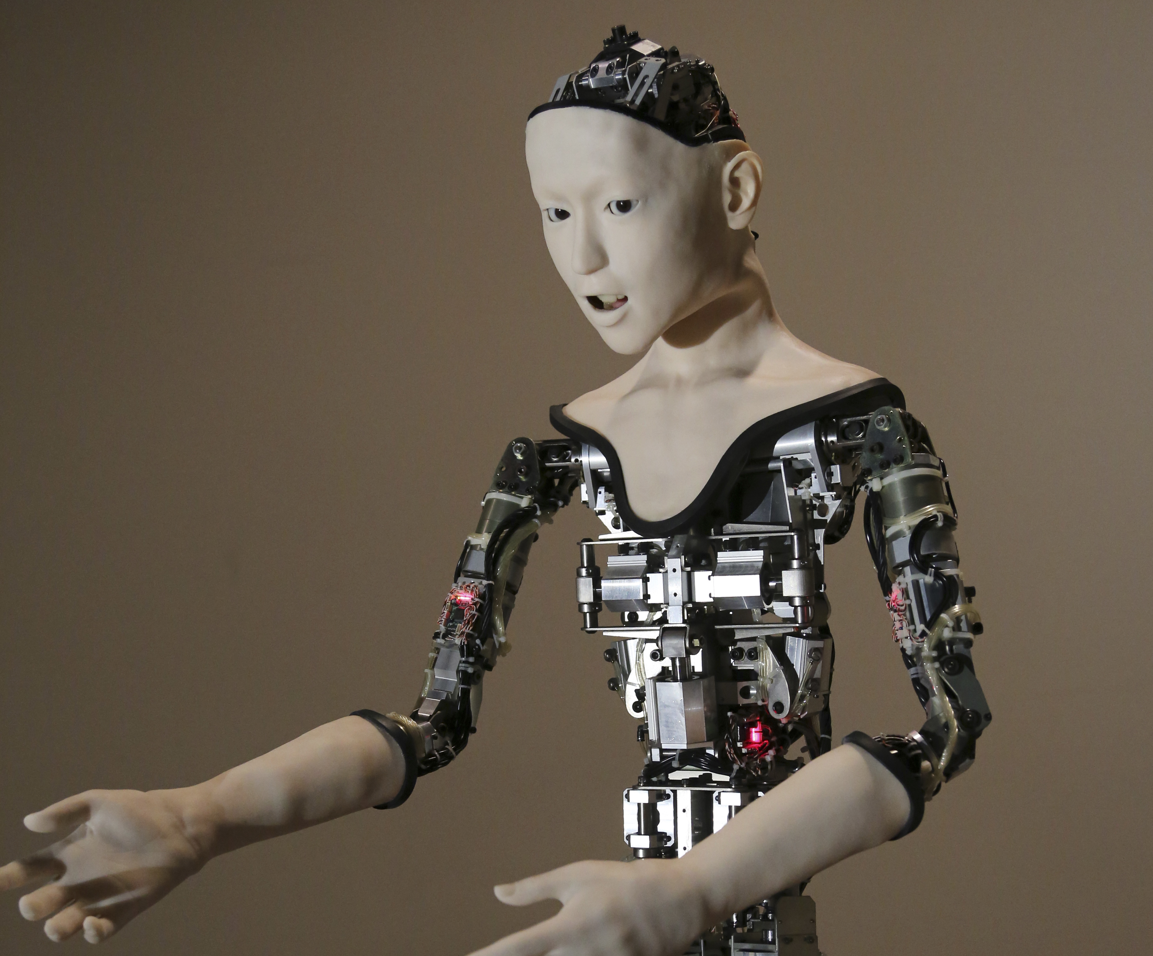 This creepy robot is powered by a neural network - CBS News