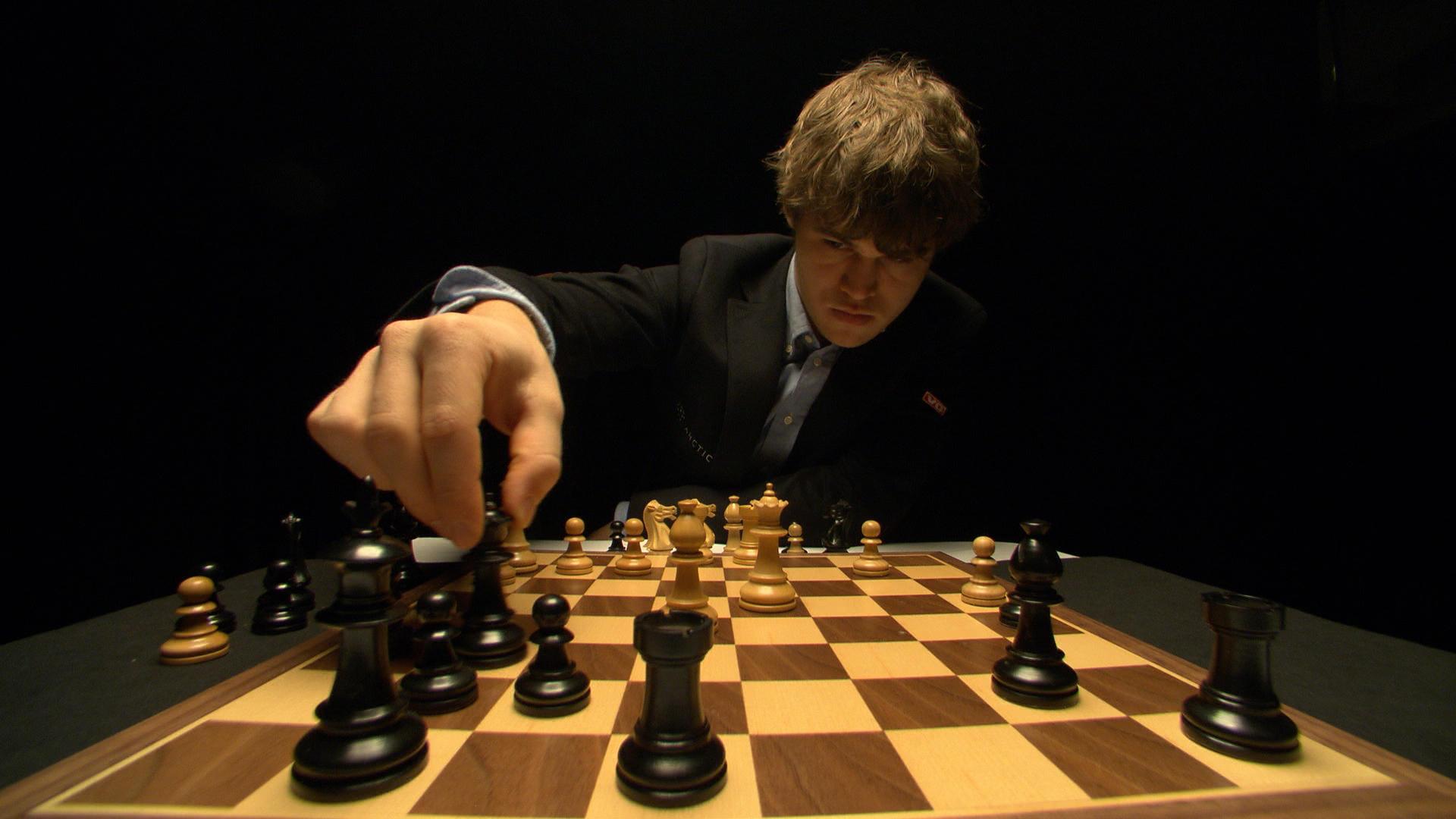 World S No 1 Chess Player Magnus Carlsen Holds Title Cbs News