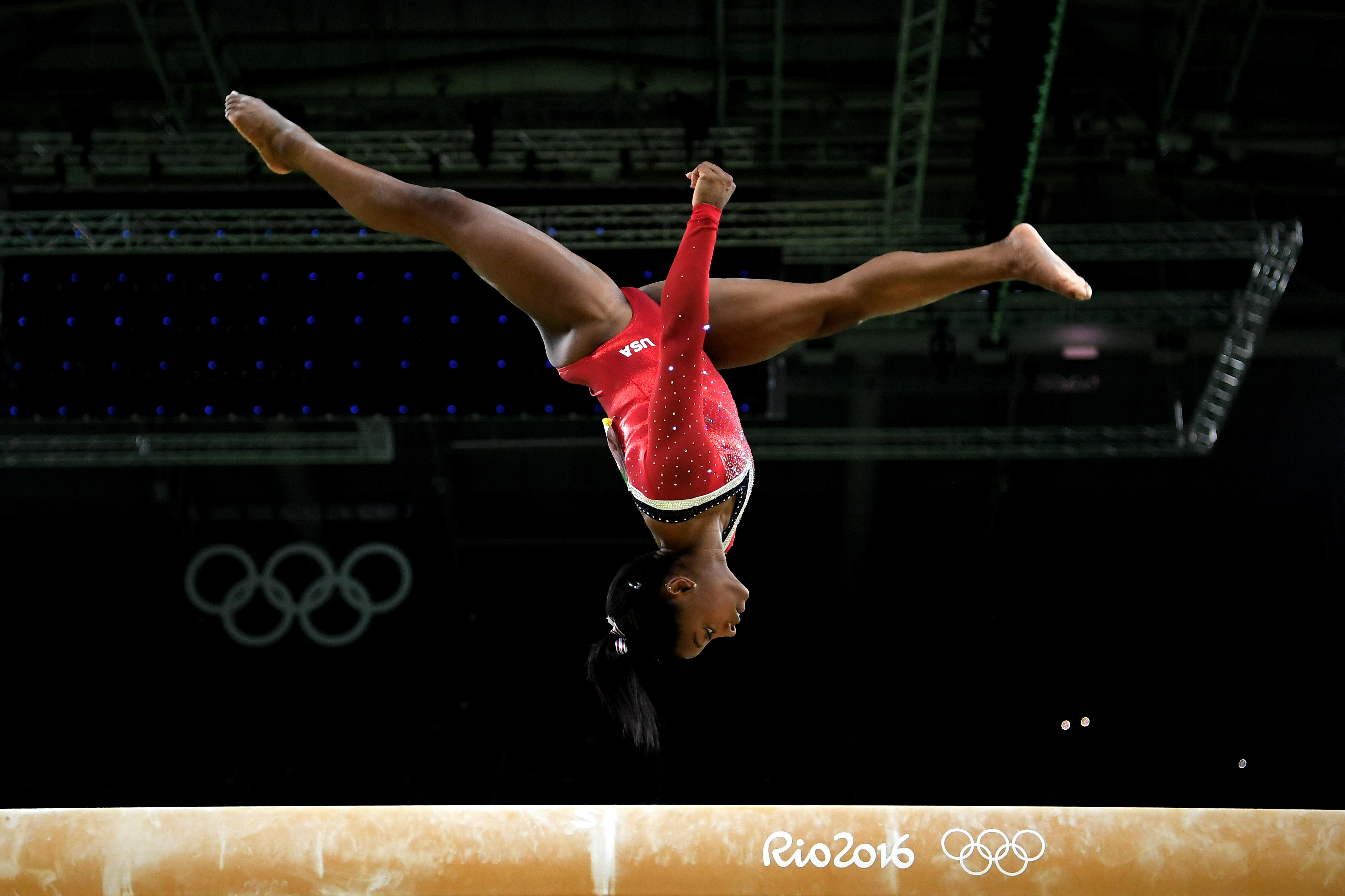 Simone Biles Named Female Athlete Of The Year By Ap Cbs News