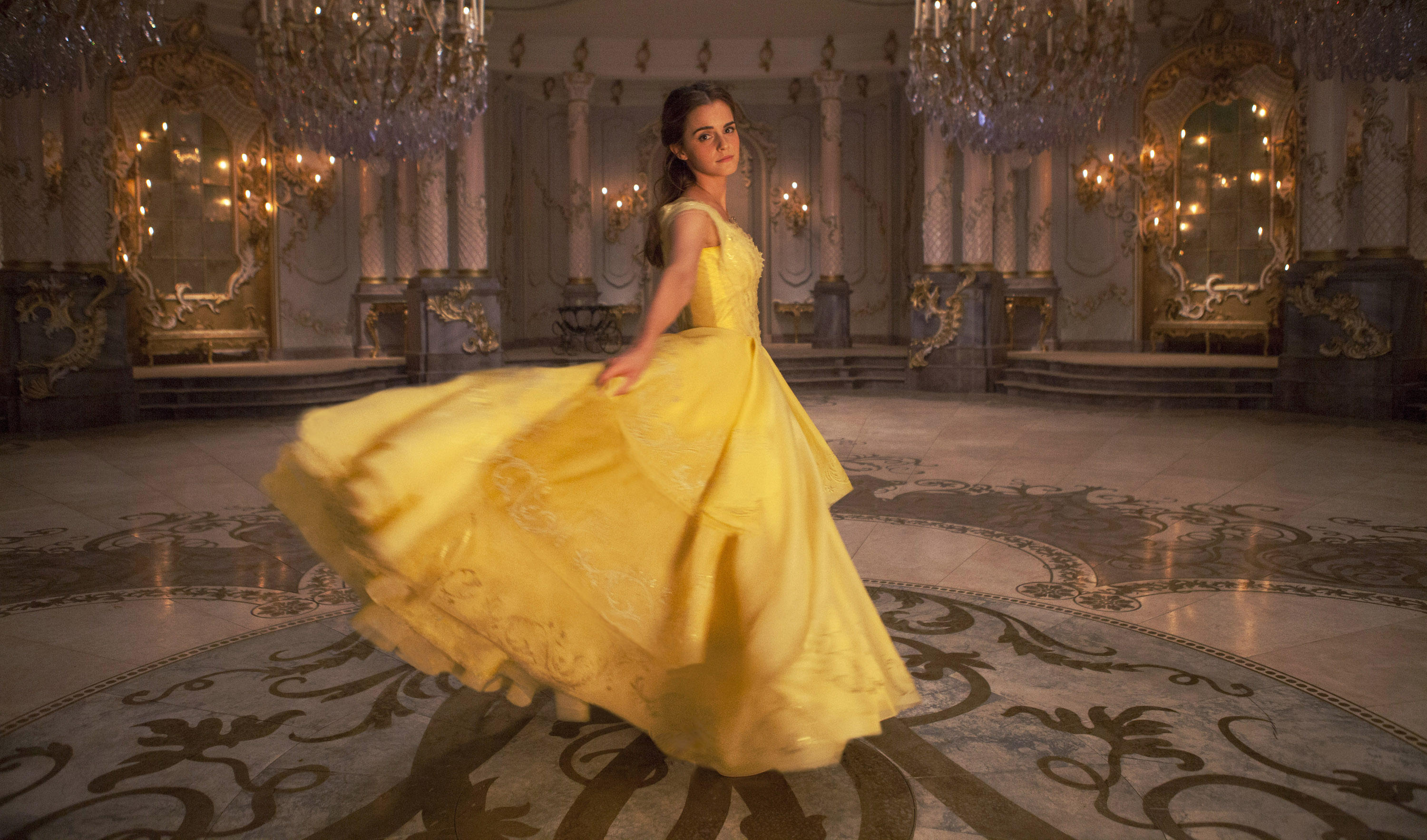 "Watch Emma Watson Sing ""Belle"" From ""Beauty And The Beast"