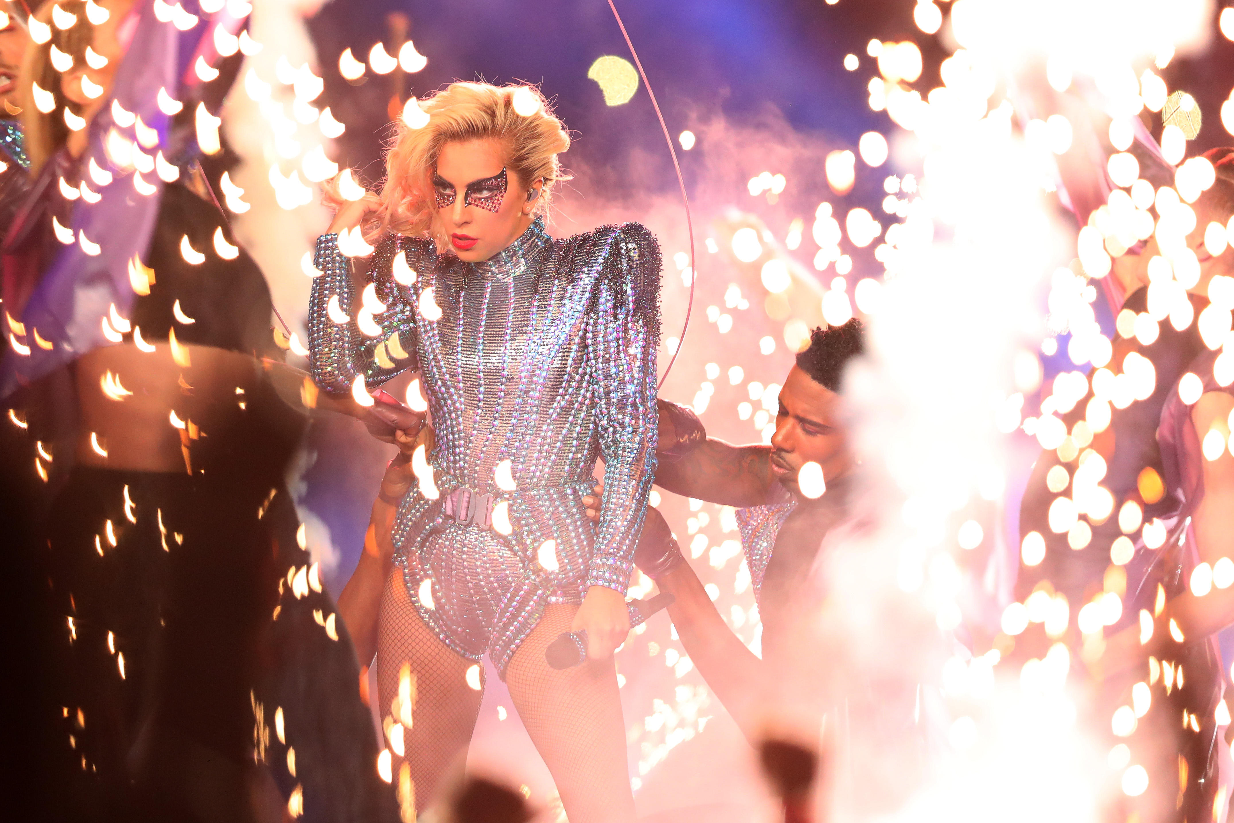 Lady Gaga Soars At Super Bowl Halftime Show 2017 Cbs News